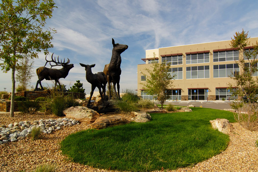 The USDA Forest Service building uses statues as a focal point